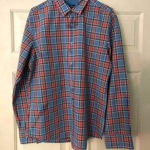 Men's Hugo Boss bottom up shirt (size xl)
